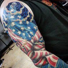 United states flag patriotic sleeve tattoos for guys - tatto Half Arm Sleeve Tattoo, Half Sleeve Tattoos For Guys, Best Sleeve Tattoos, Tattoo Sleeves, Simple Tattoos For Women, Beautiful Tattoos For Women, Patriotic Tattoos, Flag Tattoos, Tatoos