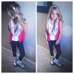 Tween Girl Fashion Blog -www.weresofancy.com #tweenfashion #fashionblog #tweengirlfashion #vandyjaidenn