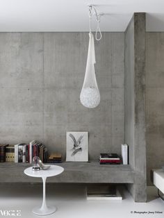 """When Reema Bisher engaged architect Carl Salim to design a family home in Sydney's Double Bay, she had a clear vision: tranquility, space and a distinct lack of clutter. """"I wanted the house to. Interior Styling, Interior Decorating, Interior Design, Latte, Eclectic Living Room, Vogue Living, Eclectic Design, Contemporary Interior, Interior Architecture"""