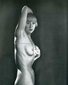 Man Ray | Suzy Solidor [Paris] 1929