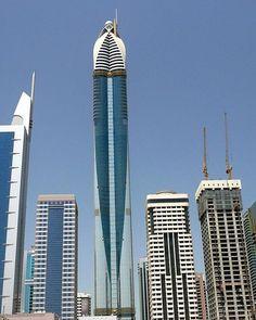 Rose Tower (Dubai) - 333 Metros
