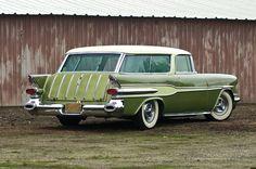 1957 Pontiac Safari wagon – Cars is Art Retro Cars, Vintage Cars, Antique Cars, Vintage Stuff, Buick, General Motors, Austin Martin, Pontiac Star Chief, Jaguar