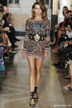 Milan Fashion Week: Emilio Pucci Spring/Summer 2014 - http://qpmodels.com/interesting/3375-milan-fashion-week-emilio-pucci-spring-summer-2014.html