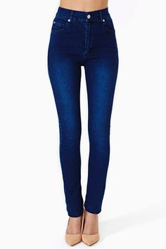 Gorgeous high waisted skinnies. Second Skin Jeans - Blue
