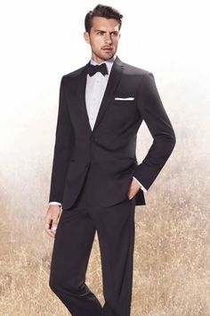 love how classic and formal this looks! just wish people would go back to being formal! Black Tuxedo groom in bowtie, groomsmen in ties Groomsmen Tuxedos, Groom And Groomsmen, Ushers, Tuxedo Suit, Black Tuxedo, Wedding Suits, Wedding Attire, Groom Tuxedo Wedding, Wedding Tuxedos