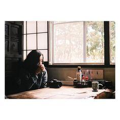 ・ ・ 今日の匂いなつかしい🌿 なにがなつかしいかわからないけど 嗅いだことのあるそんな湿度と気温🕊 ・ 匂いってすごい。 嗅いだだけでふっと何かを思い出す〜🍁 ・ ・ 焼きたてのホットケーキの匂いを 嗅ぎたい っていうより食べたい🍰笑 ・ ・  #生活とフィルム #vscocam #vsco #東京カメラ部 #film #フィルム部 #フィルムに恋してる  #reco_ig #team_jp_ #team_jp_東 #japan #オールドレンズ部 #オールドレンズに恋をした #写真好きな人と繋がりたい #フィルター越シノ私ノ世界 #instagood #instagrammers #ig_photooftheday #icu_japan #huntgram #HUEART_life #ink361 #olympus #olympuspen #as_archive #高円寺プリント