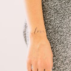 Tattly: designer fake tattoos