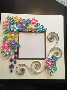 Quilled frame by Ginny Huff Paper Quilling Flowers, Paper Quilling Patterns, Paper Quilling Jewelry, Quilling Paper Craft, Quilling Designs, Paper Crafts, Filigrana Neli, Quilling Photo Frames, Quilled Creations