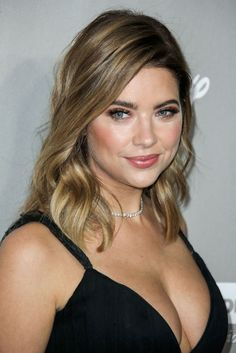 Ashley Benson – 2015 Baby2Baby Gala in Culver City : Global Celebrtities (F) FunFunky.com