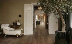 Curvy wood floor. Original