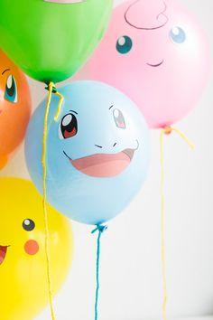 Färgglada Pokémons som ballonger