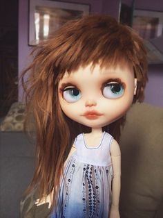 https://flic.kr/p/osSyzp   Tea's New Hair   I took a gorgeous reroot from Chantilly Lace and turned it into a little asymmetrical style for Tea. I love this color on her!