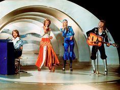 tan lindos y talentosos ellos... ABBA en el Festival de Eurovisión de 1974, ganadores del concurso