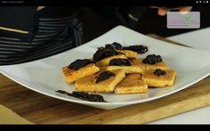 Prăjitură cu morcov şi ghimbir.  Reţeta o puteţi găsi aici în format text dar şi video: http://www.babyboom.ro/prajitura-cu-morcov-si-ghimbir/