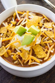 This Instant Pot Taco Soup recipe is an easy weeknight dinner that&;s full of all your favorite Mexic&; This Instant Pot Taco Soup recipe is an easy weeknight dinner that&;s full of all your favorite Mexic&; Instant Pot Dinner Recipes, Easy Soup Recipes, Beef Recipes, Cooking Recipes, Recipes Dinner, Recipies, Easy Cooking, Yummy Recipes, Yummy Food