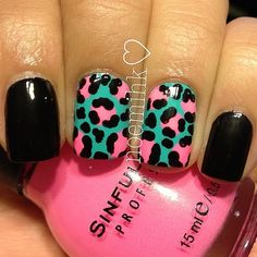 Super fun & Unique Turquoise and Pink Leopard Accent Nails Manicure Frensh Nails, Get Nails, Fancy Nails, Love Nails, How To Do Nails, Pretty Nails, Hair And Nails, Nailart, Uñas Fashion