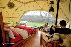 Eco-living Dome Home Forest Camp, Cardigan, Wales - ventilacija