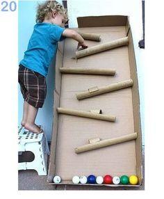 DIY ball run with cardboard box and cardboard tubes Toddler Fun, Toddler Activities, Fun Activities, Recycling Activities For Kids, Games For Kids, Diy For Kids, Cool Kids, Kids Fun, Busy Kids