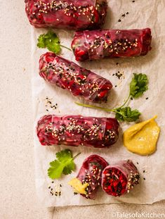 Spring rolls with carrot beetroot apple and kale and a mustard dipping sauce. Wrap Recipes, Clean Recipes, Raw Food Recipes, Vegetable Recipes, Appetizer Recipes, Cooking Recipes, Healthy Recipes, What's Cooking, Healthy Meals