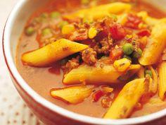 Jauheliha-pastakeitto Cheeseburger Chowder, Thai Red Curry, Chili, Koti, Pasta, Dinner, Fruit, Cooking, Ethnic Recipes