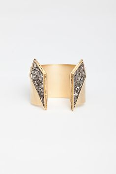 gold split apex cuff // Lady Grey