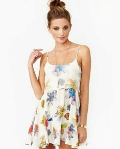 Awesome Summer flowy dresses 2018-2019 Check more at http://myclothestrend.com/dresses-review/summer-flowy-dresses-2018-2019/