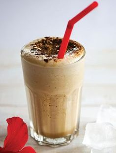 Chocolate Milkshake, Chocolate Sweets, Chocolate Coffee, Smoothie Drinks, Smoothies, Cookbook Recipes, Cooking Recipes, Ice Cream Drinks, Weight Watchers Meals
