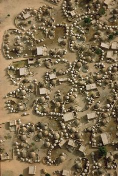 Mali-Niger. Aerial view of Labbezanga near the border. 1972 // ©Georg Gerster