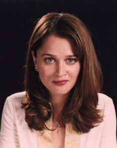 """Robin Tunney.  It freaked me out when someone said I looked like """"that chick from The Craft"""" because she looks like my mom.  [Celebrity Doppelgänger]"""