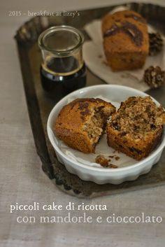 Piccole cake di ricotta e cioccolato senza burro