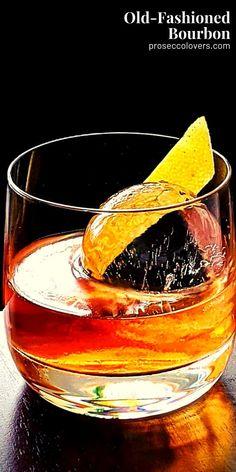 Bourbon Cocktails, Classic Cocktails, Cocktail Drinks, Alcoholic Drinks, Best Summer Cocktails, Winter Cocktails, Craft Cocktails, Bourbon Old Fashioned, Bourbon Smash