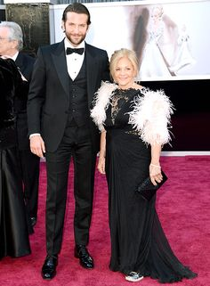 Bradley Cooper brought his Pennsylvania-based mother, Gloria, to the #Oscars!