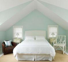 romantisches schlafzimmer design in wei und minze und mit dachschrge - Farbe Schlafzimmer Dachschrge