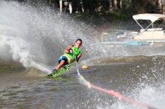 waterskiing - Deniliquin Cabin and caravan park - activities Splash Park, Holiday Park, Go Kart, Skiing, Swimming Pools, Have Fun, Scenery, To Go, 400m
