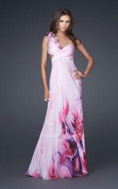 De la nota: Vestidos con Espaldas que nos encantan! Leer mas: http://www.hispabodas.com/notas/933-vestidos-con-espaldas-que-nos-encantan-