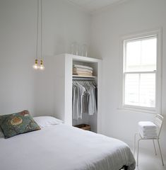 Another favorite clean-lined design by Claudia Zinzan of Father Rabbit features a shallow open closet. Closet Bedroom, Home Bedroom, Clean Bedroom, Master Bedroom, Minimalist Bedroom, Minimalist Home, All White Bedroom, Bedroom Simple, Light Bedroom