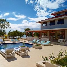 Another beautiful day in paradise at Naia Resort and Spa in Belize. #Travel #Belize #spa #Naia #cocoplumluxuryproperty #naiaspa #sedonaspa #beach #vacation #luxury #Sabrewingtravel #massage #Caribbean #beachvacations #relax #travelbelize #mayabeach #pool