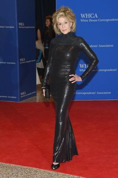 Jane Fonda looked ageless in a sleek, curve-conscious gown.                   Source: Getty / Michael Loccisano