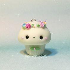 """438 Me gusta, 26 comentarios - Ariane (@amimiko95) en Instagram: """"Y vuelvo con las coronas de flores que tanto me gusta hacer ! . . Today another flower crown…"""""""