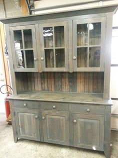 ANTIQUE AMISH BUILT FURNITURE UNFINISHED RECLAIMED BARN WOOD CHINA CABINET HUTCH…