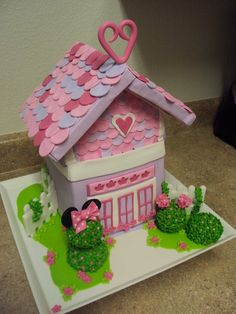 Minnie Mouse House..cute for Valentines day too