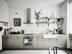 my scandinavian home: A lovely mix of modern and vintage in a Swedish home
