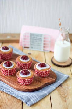 Finnish Recipes, Mini Cupcakes, Baked Goods, Sweet, Desserts, Food, Pineapple, Candy, Tailgate Desserts