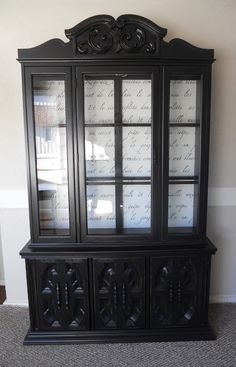Black Hutch with French Script Back Someday ill have time to do a project like… Black Painted Furniture, Refurbished Furniture, Paint Furniture, Repurposed Furniture, Furniture Projects, Furniture Makeover, Dresser Makeovers, Blue Furniture, Modern Furniture