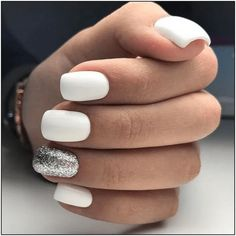 30 trendy glitter nail art design ideas for With glitter nails . - Adela Marry - 30 trendy glitter nail art design ideas for With glitter nails … – # Glitter nails # - Nagellack Trends, White Nail Art, Neutral Nails, Glitter Nail Art, White Nails With Glitter, White Gel Nails, White Manicure, Glitter Bomb, White Short Nails