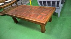 20321.1 TABLE BASSE CHENE CARRELLEE 130€