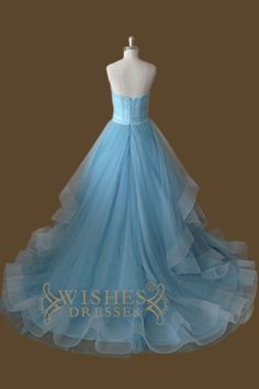Organza fabric bridal gown with sweetheart neckline and floor length skirt. Neckline:Strapless Length:Floor length Details:Ruched Fabric:Organza Color:Sky Blue Size:Any Size,Made from scratch. Please