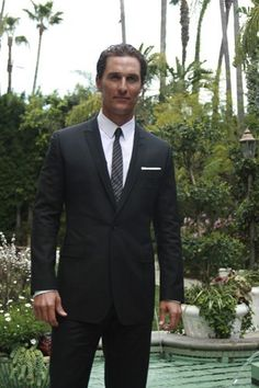 Matthew McConaughey.......yes this goes in the yummy catagory. ;)