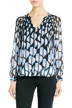 DVF | The Maiko top pairs perfectly with jeans and heels for a night out. http://on.dvf.com/192DcmT