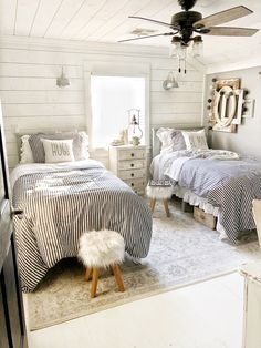 Andrew Wooden Country Platform Bed Frame with Headboard in Mint Twin Girl Bedrooms, Twin Bedroom Ideas, Bedroom Pictures, Farmhouse Style Bedrooms, Farmhouse Ideas, Modern Farmhouse, Bed Frame And Headboard, Platform Bed Frame, Stylish Bedroom